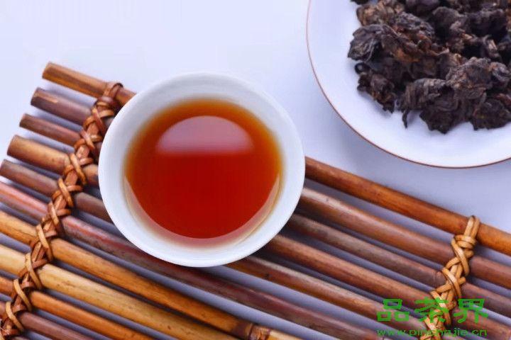 晚上喝<a href=http://www.pinchajie.cn target=_blank class=infotextkey>黑茶</a>有什么影响?