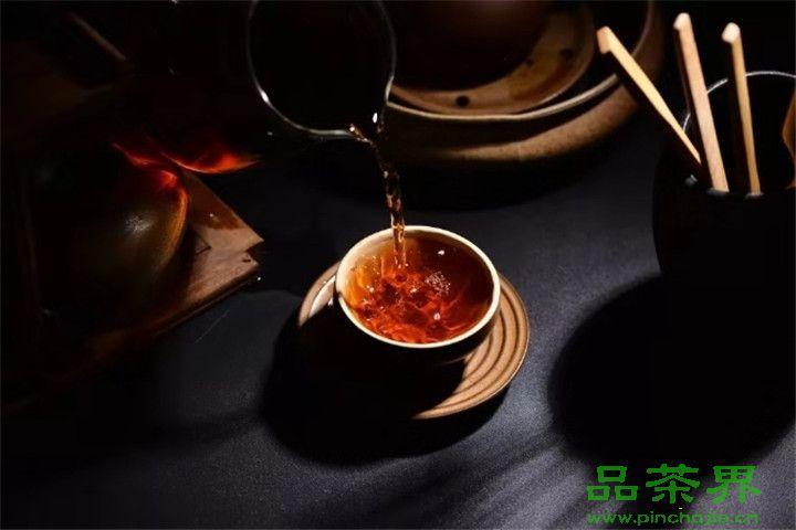 <a href=http://www.pinchajie.cn target=_blank class=infotextkey>黑茶</a>之缘,好好珍惜!