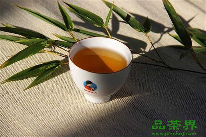 <a href=http://www.pinchajie.cn target=_blank class=infotextkey>黑茶</a>,适合春天喝吗?