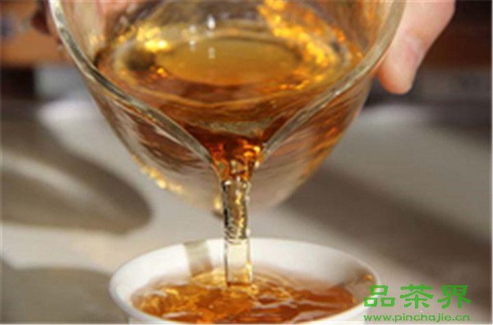 女王的<a href=http://www.pinchajie.cn target=_blank class=infotextkey>红茶</a>