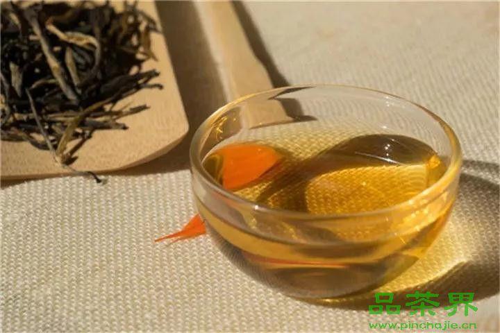 <a href=http://www.pinchajie.cn target=_blank class=infotextkey>红茶</a>没个性?那只是你不懂它