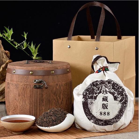 赠布袋圆木桶普洱茶礼盒装云南勐海普洱熟茶250g 配手袋