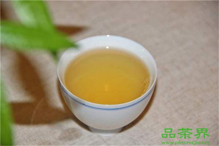 <a href=http://www.pinchajie.cn target=_blank class=infotextkey>茶叶</a>与癌症率的关系,看完还喝吗?