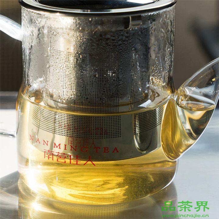 一杯茶水有多少营养?
